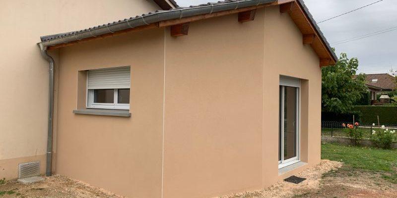 Extension d_une villa à SAINT DENIS LES BOURG dans l_AIN